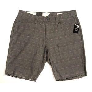 Volcom Gritter Thrifter Silver Plaid Shorts NWT